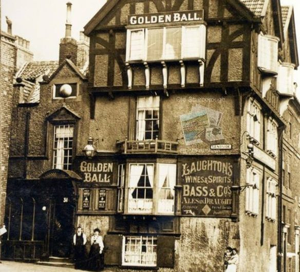 The Golden Ball, Sandside