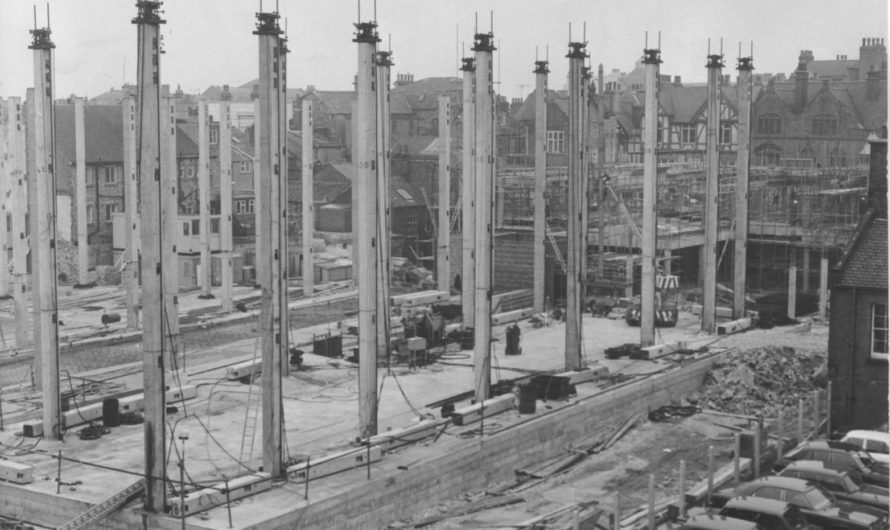 Balmoral Centre Construction, 1974